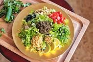 Tìm hiểu salad lá trà Myanmar