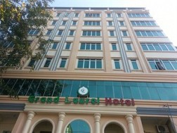 Grand Laurel Hotel 3***