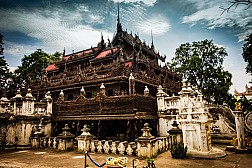 Khám phá Shwenandaw – ngôi chùa hay tu viện gỗ tếch độc nhất tại Myanmar