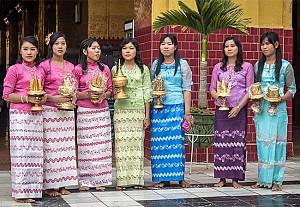Những Thông Tin Cần Biết Khi Đến Thăm Đền Chùa Ở Myanmar