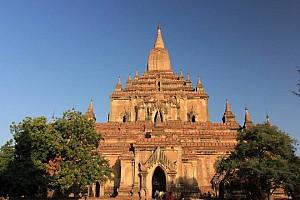 Vùng đất Bagan cổ kính hiện lên qua 10 ngôi đền chùa thiêng