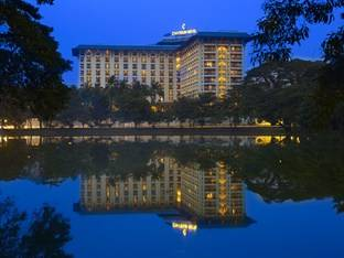 Chatrium Hotel Royal Lake Yangon 5*****