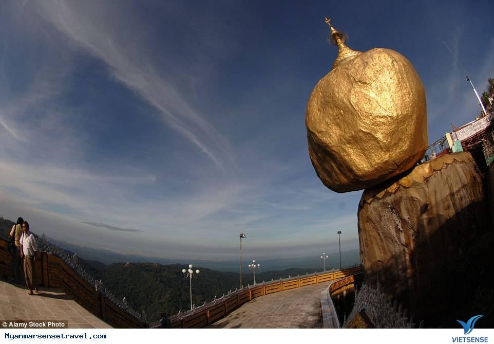 Hòn đá vàng Chênh vênh đầy nguy hiểm ở Myanmar,hon da vang chenh venh day nguy hiem o myanmar