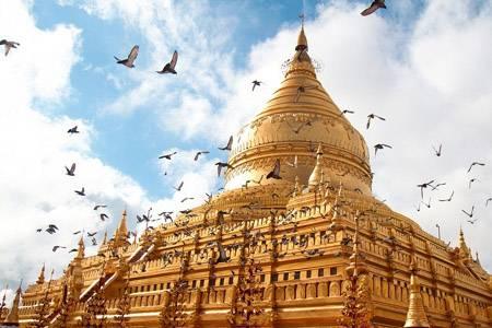 Vẻ đẹp huyền bí của bình nguyên có hơn 2000 ngôi đền